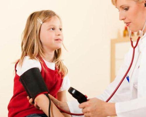 Как правильно производить измерение артериального давления у детей?