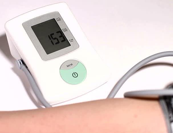 Давление 150 на 100 – причины, что делать, как снизить давление человека? Нормы АД