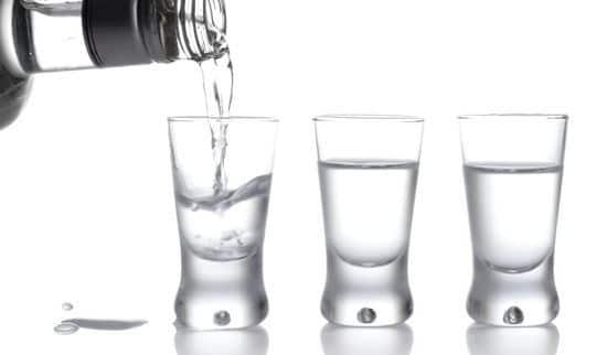 Водка повышает давление